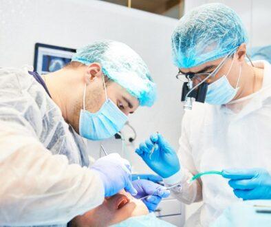 dental_implant_surgery__1624542779_87832
